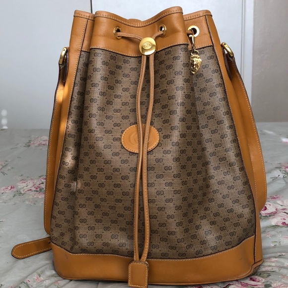 Gucci Handbags - ✨  S O L D   ON    M  ✨